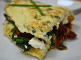 Spinach, Sun Dried Tomato, and Feta Omelet